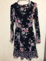 H&M Floral Dress Size 4 in Okinawa, Japan
