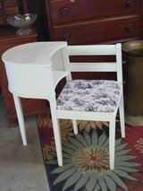 antique chalk paint telephone table in Cherry Point, North Carolina