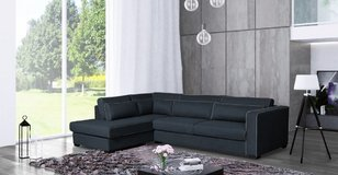 United Furniture - Milano Sectional (Chaise also on opposite side) including delivery in Stuttgart, GE