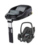 Maxi Cosi Infant seat and/or Isofix base (Available Mid-August). in Stuttgart, GE