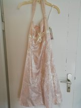 Beautiful Formal Dress / Prom Dress size 9 in Stuttgart, GE