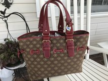 Dooney Bourke Purse (New) in Fort Leonard Wood, Missouri
