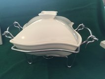 Covered Casserole/ Chaffing Dish in Chicago, Illinois