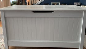 White Wooden Custom made Beadboard Toy Box in Glendale Heights, Illinois