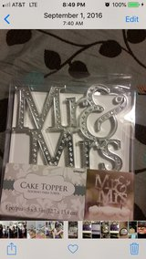Cake topper and more in Conroe, Texas