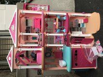 Barbie Dream House in Great Condition with ALL accessories in Joliet, Illinois