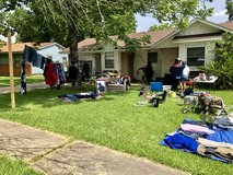 YARD SALE in Baytown, Texas