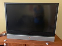 "42"" Samsung DLP television - Free for pickup in Glendale Heights, Illinois"