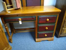 Pine Desk in Batavia, Illinois