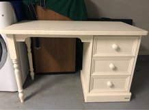 Aspace white desk in Conroe, Texas