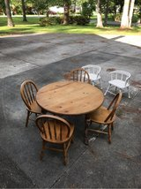 child's table and chairs in Cherry Point, North Carolina