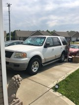 2009 Ford expedition in Fort Campbell, Kentucky