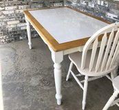 DINING ROOM TABLE w/CHAIRS in Fort Leonard Wood, Missouri