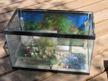 Fish tank-20Gal and pump/filters-$30 in Alamogordo, New Mexico