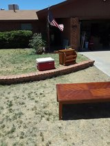 Coffee table also. Side/magazine table in Alamogordo, New Mexico