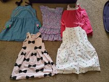 Size 4/5 dresses in Bolingbrook, Illinois