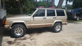 1993 jeep country in Beaufort, South Carolina