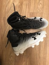 boys football cleats in Camp Lejeune, North Carolina
