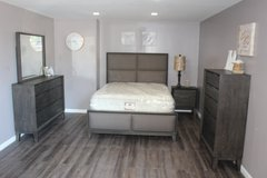 Modern Bedroom Set - Queen Size - The Alicia Collection in Spring, Texas