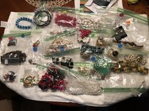 Over 25 pieces of jewelry in Joliet, Illinois