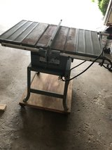 Delta Rockwell Contractor Table Saw - Model 10 in Westmont, Illinois