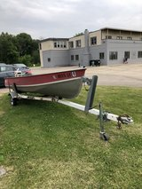1972 Lund Fishing Boat in St. Charles, Illinois