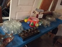 Punch bowl sets in Fort Polk, Louisiana