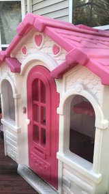 Pink House in Chicago, Illinois