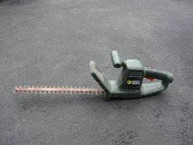 BLACK & DECKER  ELECTRIC HEDGE TRIMMER in Yorkville, Illinois