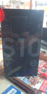 SAMSUNG S10 E  DUOS 128 gb brand new in Ramstein, Germany