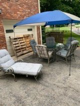 Patio Set / Wrought Iron-7 pieces in Fort Campbell, Kentucky