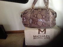 Michael Kors Purse in Aurora, Illinois