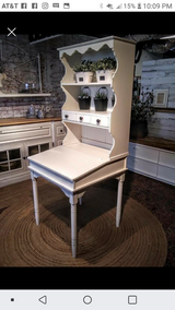 Flip top desk with Hutch in St. Charles, Illinois