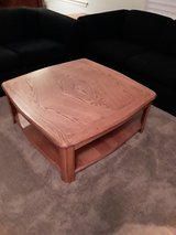 Matching set coffee and two end tables in Joliet, Illinois
