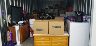 **STORAGEWARS **ENTIRE STORAGE CONTENTS LOT in Fort Campbell, Kentucky