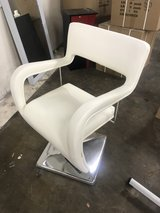 hydraulic styling chair in Westmont, Illinois