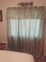 2 large curtains valance built in pretty green in Alamogordo, New Mexico