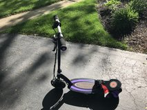 Electric Razor Scooter w/charger in Glendale Heights, Illinois