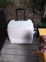 Igloo rolling ice chest in Houston, Texas