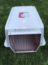 Large Pet Carrier (Doskosil Kennel Cab II). in New Lenox, Illinois
