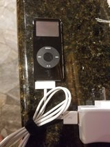 Apple iPod 1gb in Conroe, Texas