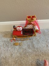 ever After High- apple White's bed/couch in Kingwood, Texas