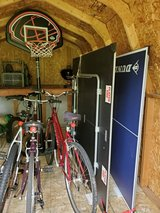Basketball Stand Indoor/Outdoor W/Wheels in Wheaton, Illinois