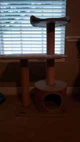 Approx. 3 ft cat tower in Kingwood, Texas