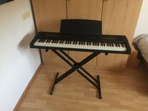 220V digital piano / keyboard 76 keys in Ramstein, Germany