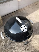 Super clean Weber charcoal grill in Ramstein, Germany