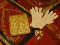 Vintage beaded purse Gloves and leaf jewelry set earrings brooch in El Paso, Texas