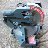 "10"" DELTA MITER SAW in Fort Campbell, Kentucky"