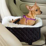 Snoozer Console Dog Car Seat in Lockport, Illinois