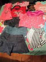 18 month girl summer lot 30 plus clothes in Warner Robins, Georgia